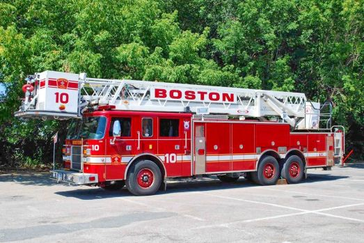 Boston's fmr Twr 10 - '01 Pierce Dash All-steer 85' TL