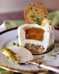 Lemon cake with pistachios