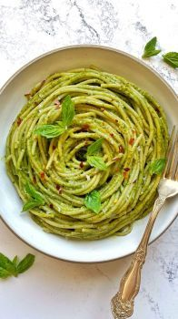 One Pot Creamy Spinach Pasta