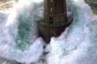 stormy_seas_lighthouse_wave