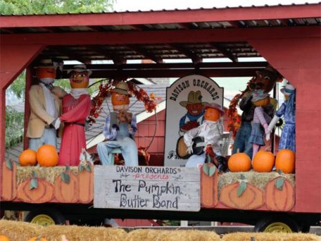 A little pumpkin music for an October Monday! (Photo: Amy Jackson-Shelling)