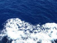 Blue seas and white ripplets: towards Sardinia