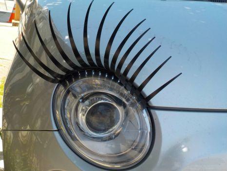 Flirty car
