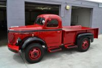 1949 REO Speed-Wagon