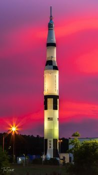 Full-Scale Saturn V Replica