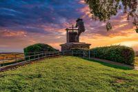 Napa Valley Grape Crusher statue