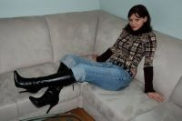 Lady in boots # 1289