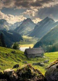 Appenzell Innerrhoden Mountains, Switzerland  5807
