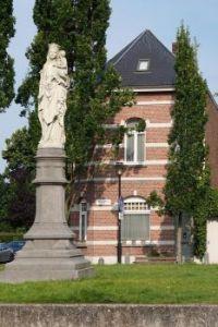 Madonna Sint Mariaburg- Ekeren.