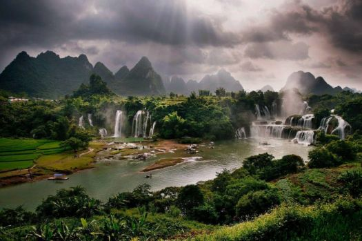 Guangxi, China. - photog unknown