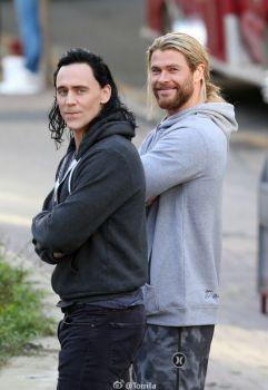Loki and Thor, Hiddleston and Hemsworth