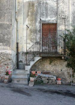 Door in Mango, Piemonte, Italy