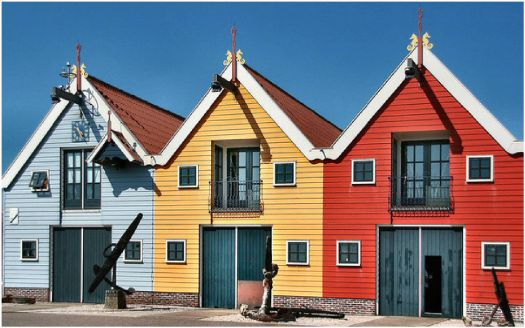 Colorful Oceanside Cabins