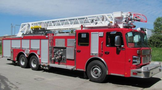 Smeal ladder truck - London Ontario