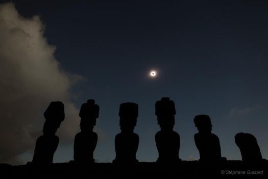 Easter Island Eclipse by Stephane Guisard