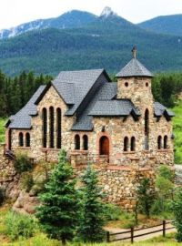 Mountain church in Estes Park, Co