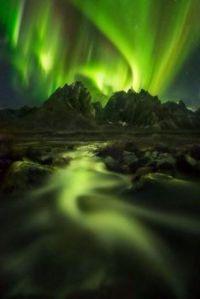 2  ~  'Waving Aurora in Green.