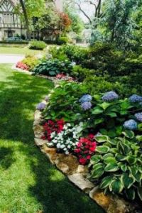 Front Yard Lanscaping Ideas.