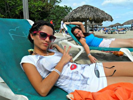 With my cousin, beach time!!!