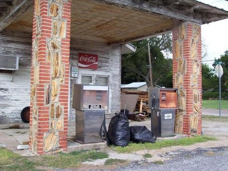 Petrified Wood Gas Station - Glen Rose Texas