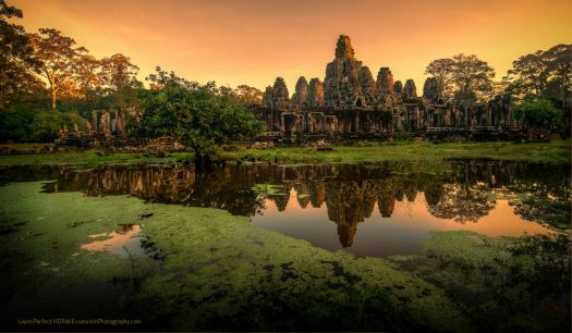 Bayon-Temple-Reflection-at-Sunrise-lores