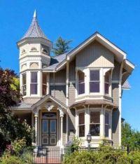 1892 Victorian Home in Petaluma CA