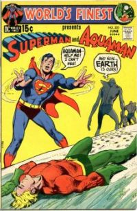 WORLD'S FINEST COMICS presents SUPERMAN and AQUAMAN !