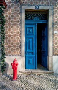 ThinkstockPhotos-1224876161 door3