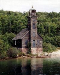 Lighthouse 185