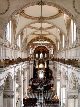 LONDON - ST PAUL'S CATHEDRAL - THE NAVE