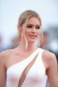 doutzen Kroes in white