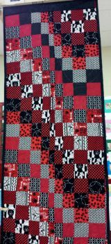 Back of quilted table runner