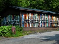 Skis on the wall