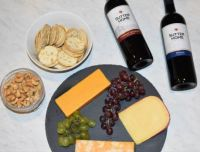 Crackers and cheese pairings with Sutter Home