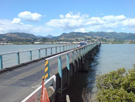 The Old Kopu Bridge [1912-?] there are some who want to pull this lovely old bridge down.