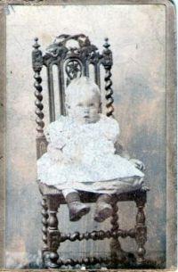 Theme: vintage photo
