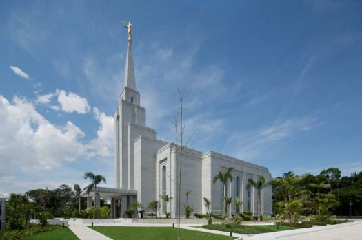 Another view of the LDS Temple in Manaus, Brazil.