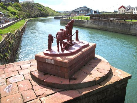 statue of colliers Maryport Harbour