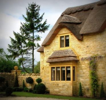 a home in the cotswolds