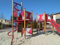Playground 10a