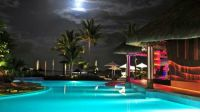 Luxury under the Moonlight