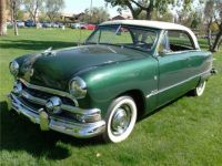 1951 Ford Victoria Green and white front
