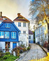 Up the Hill We Go.....Bergen, Norway....