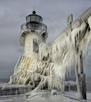 Frozen Lighthouse Bigger