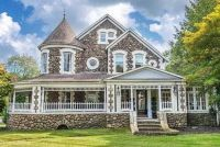 1900 Victorian House