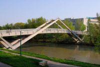 Erdberger Steg Footbridge crossing the Donaukanal, Vienna