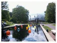 Chihuli glass and Carl Milles sculpture at the Missouri Botanical Gardens