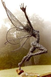 fantasy-wire-sculpture