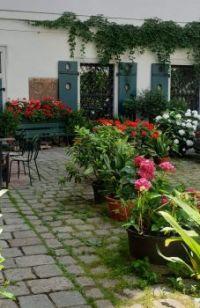 Wiener Innenhof 2