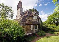 Cottage in Blaise Hamlet - West Bristol, England